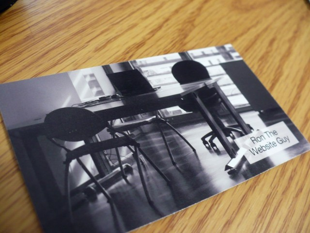 I had a picture of an office on the back of my card. It printed wonderfully.
